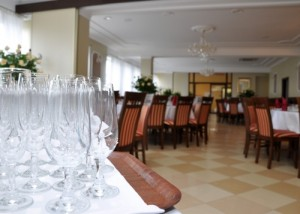 Restauracja Herbowa, Żabno - Noclegi, Restauracja, Wesela, Sala konferencyjna - www.herbowa.pl